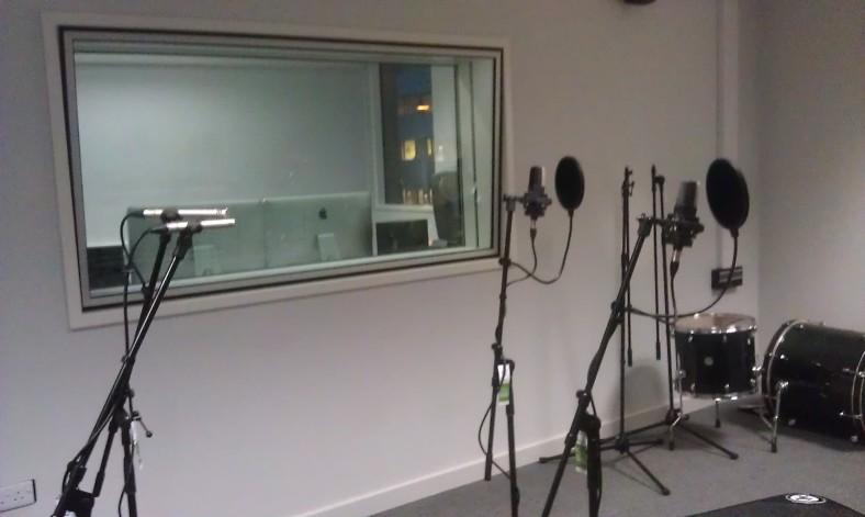Group vocal recording setup